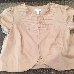 Short sleeve jacket layer